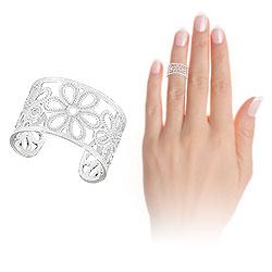 Anel de falange (ou infantil) folheado a prata c/ detalhes em forma de flor - Clique para maiores detalhes