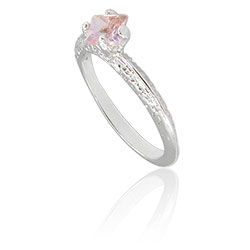 Anel folheado a prata com pedra de vidro na cor rosa - Clique para maiores detalhes