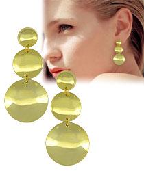 Brinco folheado a ouro c/ adereços lisos circulares - Clique para maiores detalhes