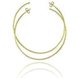 Brinco de argola de fio folheado a ouro c/ acabamento texturizado (tamanho G) - Clique para maiores detalhes