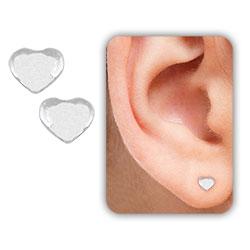 Brinco mini coração folheado a prata - Clique para maiores detalhes