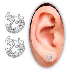 Brinco Love folheado a prata c/ Micro Zircônias - Clique para maiores detalhes