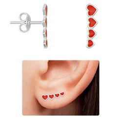 Brinco Ear Cuff folheado a prata com corações resinados - Clique para maiores detalhes