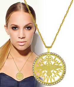 Gargantilha longa folheada a ouro c/ medalha do Divino Espírito Santo rodeada de strass - Clique para maiores detalhes