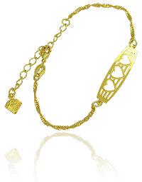 Pulseira folheada a ouro c/ detalhes vazados em forma de três corações - Clique para maiores detalhes