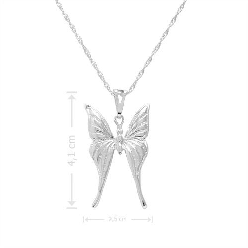 Gargantilha folheada a prata com pingente em forma de borboleta
