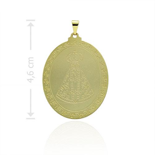 Medalha de N. Sra. Aparecida folheada a ouro com detalhes em baixo relevo