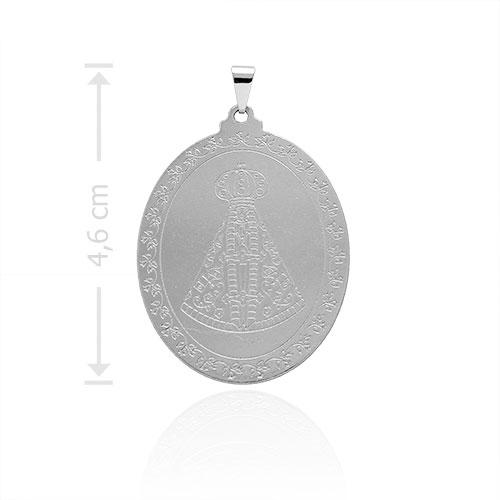Medalha de N. Sra. Aparecida folheada a prata com detalhes em baixo relevo